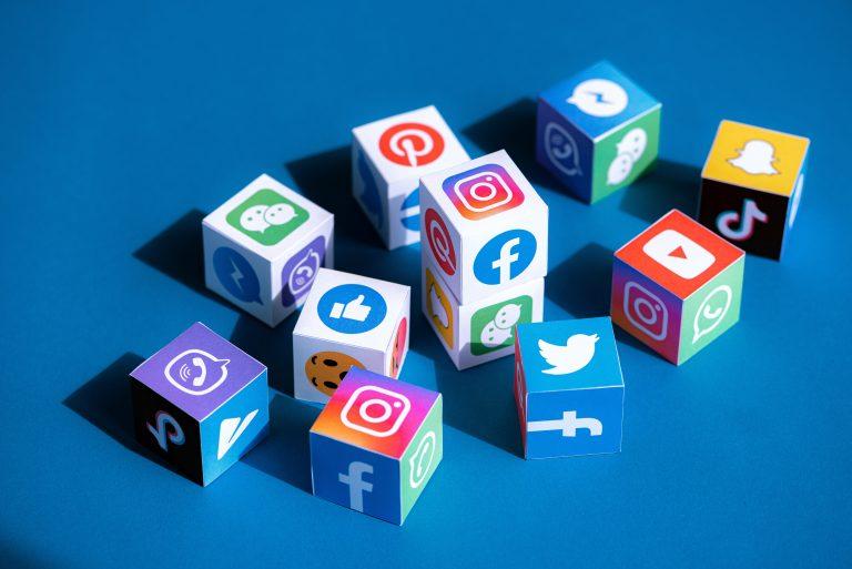 Social Media Reseaux Sociaux Agence Patricia Carneiro